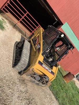 CAT skid steer for Sale in Van Buren Charter Township, MI