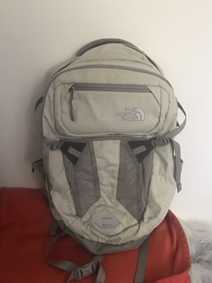 North Face Recon Backpack for Sale in Burke, VA
