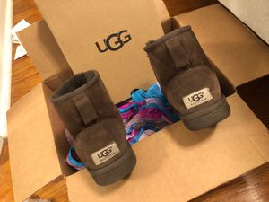 UGGS for Sale in Town and Country, MO