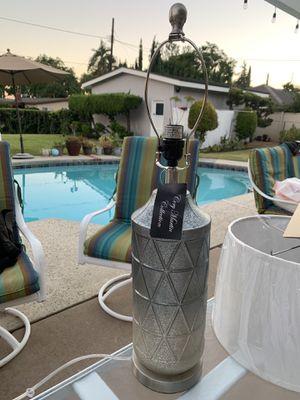 Table lamp for Sale in Pomona, CA