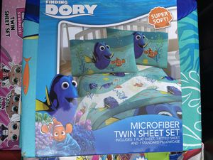 BRAND NEW! DISNEY FINDING DORY NEMO TWIN SHEET SET for Sale in West Covina, CA
