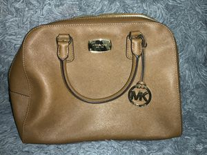 Michael Kors Beige bag for Sale in Santa Ana, CA