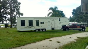 2000 40' Toy Hauler for Sale in PT CHARLOTTE, FL