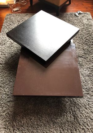 Dark Wood and Chocolate Coffee Table for Sale in Chicago, IL