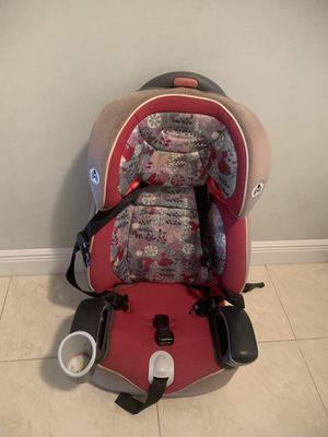 Graco pink nautilus car seat for Sale in Boca Raton, FL