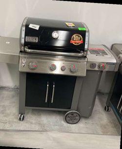 Weber Genesis 2 Propane Grill 61016001 975EK for Sale in Lawndale,  CA
