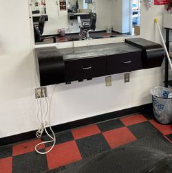 Stylist Station for Sale in Gaithersburg,  MD