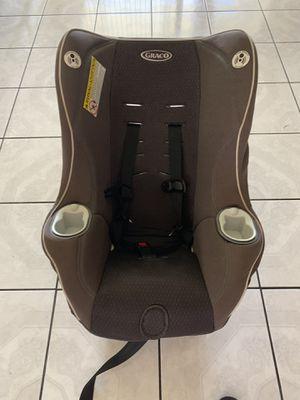 Graco car seat for Sale in Lynwood, CA