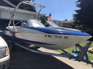 95 glastron ski boat for Sale in Renton, WA