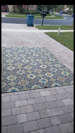 7 x 9 ft Rug for Sale in Royal Palm Beach, FL