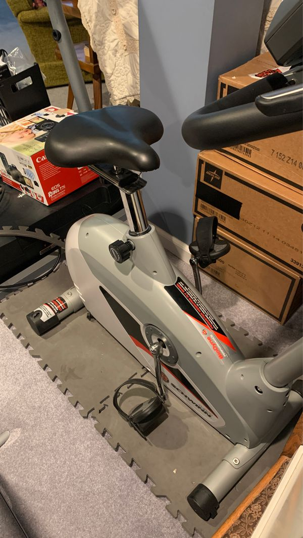 Schwann 2010 stationary Bike