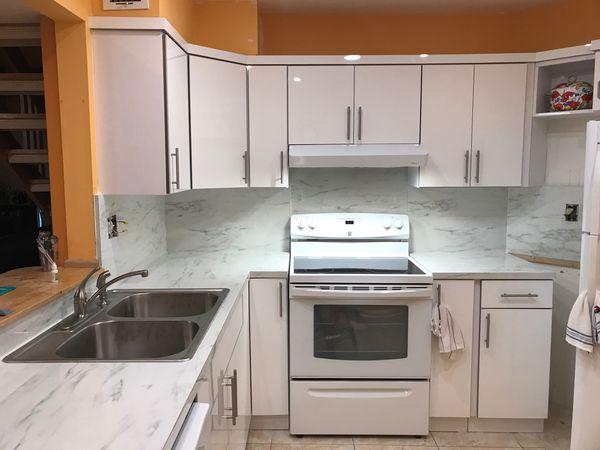 Kitchen cabinets $2595.00