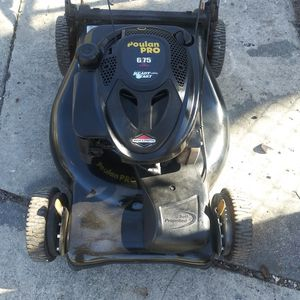 Poulan pro 6.75 Selfpropelled for Sale in San Antonio, TX