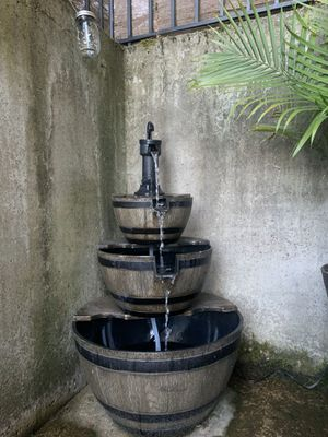 Outdoor fountain - PENDING for Sale in Issaquah, WA