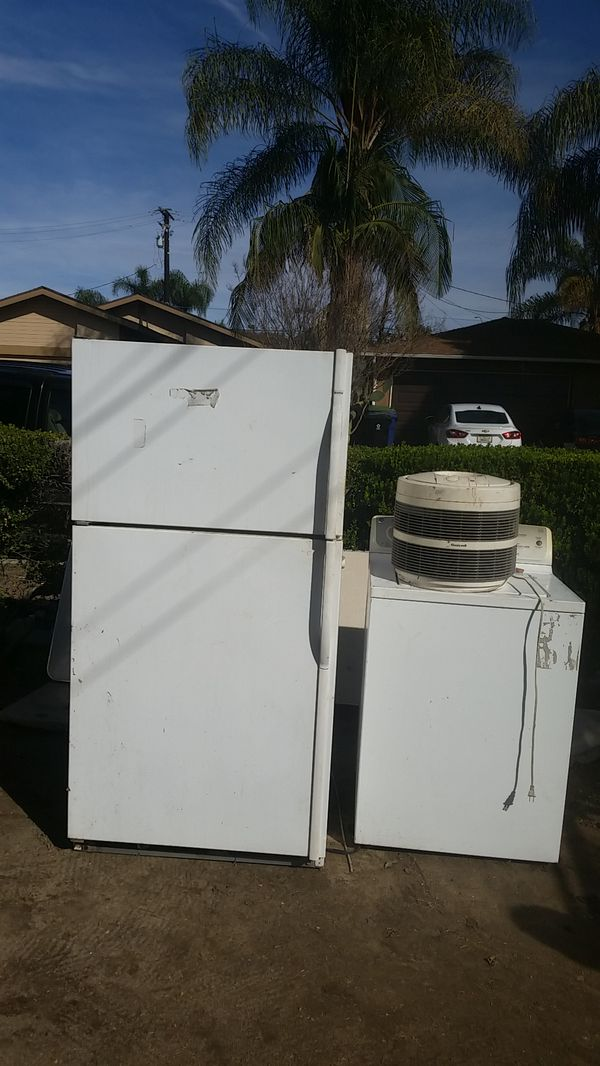 Refrigerator, air purifier, and laundry machine.