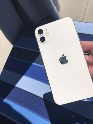 iPhone 11 64 GB brand new insured for Sale in San Diego, CA