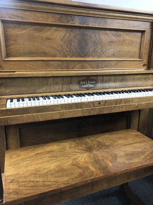 Chicago Upwright Grand Piano/ with stool for Sale in Sterling, VA