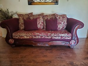 Sofa & love seat free for Sale in Riverside, CA