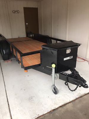 5'X14' utility trailer with a delta pro storage box dual axle for Sale in Chandler, AZ