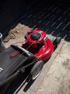 Craftsman push lawn mower $110 for Sale in San Bernardino, CA