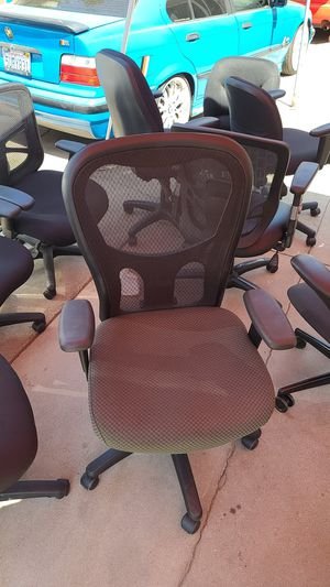 Office chair for Sale in Pico Rivera, CA