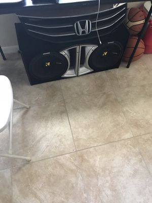2 comp d kickers and Mmats pro audio amp. Very good condition. Just need your own wires $400 obo for Sale in Royal Palm Beach, FL