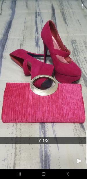 Hot pink heels and pink purse 7 1/2 for Sale in Miami, FL