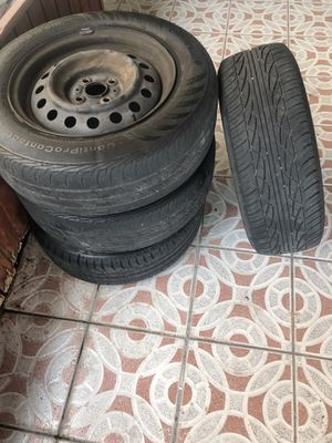 Tires and rims 195/60/R15 for Sale in Hialeah, FL