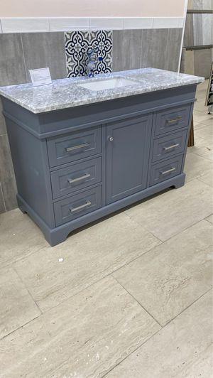 """52"""" bathroom vanity solid wood grey color for Sale in MIAMI, FL"""