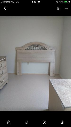 Ashley furniture bedroom set for Sale in Richmond, VA