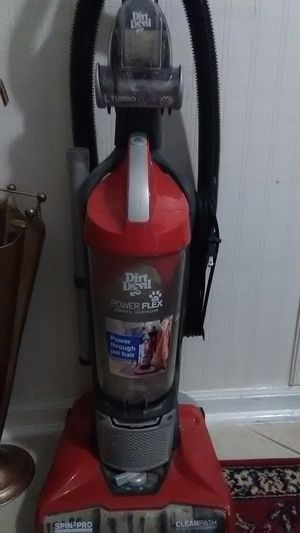 Vacuum cleaner works great. All accessories included. for Sale in Richmond, KY