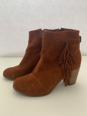 Toms rust orange boots size 7 for Sale in Los Angeles, CA