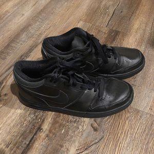 Nike Smeaker Air Black for Sale in Herndon, VA
