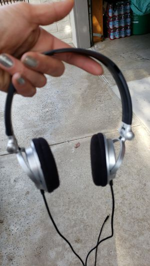 SONY MDR-V300 HEADPHONES for Sale in CA, US