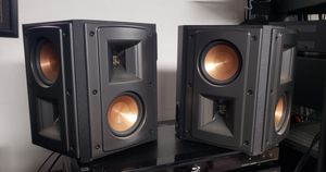 KLIPSCH RS42 II SPEAKERS MINT CONDITION $329 for Sale in Weldon Spring, MO