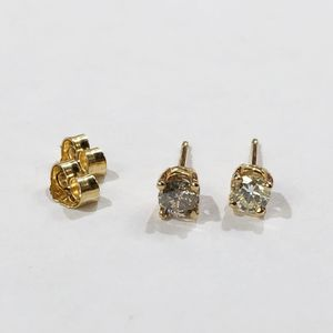 14K Yellow Gold Unisex Pair Of Stud Earrings with approx. 0.40cttw Diamonds **Great Buy** I-2538 for Sale in Tampa, FL