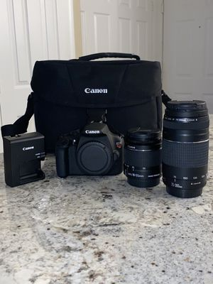 NEED GONE !! Canon EOS Rebel T5 w/ 2 lenses for Sale in Los Angeles, CA