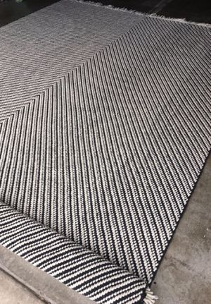 New 5x7ft Black/White Chevron Woven Area Rug - Project 62™ for Sale in Ontario, CA