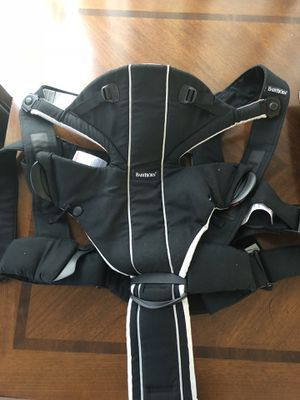 Baby Bjorn Carrier for Sale in Montgomery Village, MD