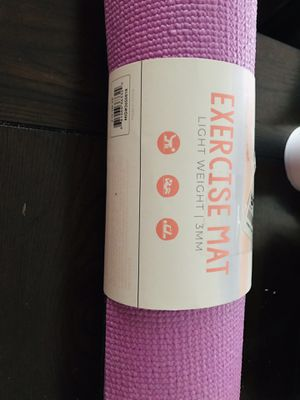 Exercise mat light weight 3 mm for Sale in Los Angeles, CA