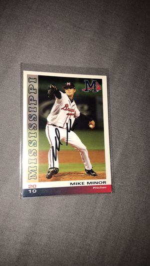 """Mike Minor """"SIGNED"""" Baseball Card for Sale in Lewisburg, TN"""