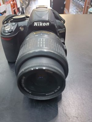 Nikon D3100 Digital Camera with 18-55mm Lens and Charger for Sale in Boca Raton, FL