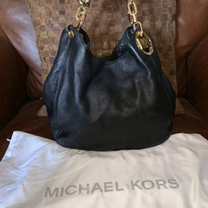 Michael Kors Leather Hobo Bag for Sale in The Bronx, NY