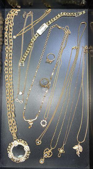 Goldtone and Glitz Jewelry Lot for Sale in Tacoma, WA