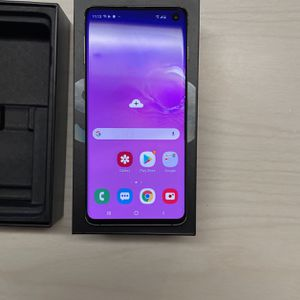 Samsung Galaxy S10 Unlocked 128gb for Sale in Dearborn, MI