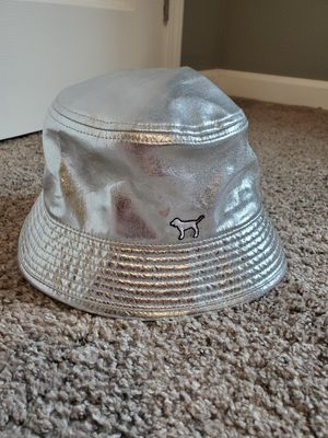 pink victorias secret bucket hat for Sale in Castle Rock, WA