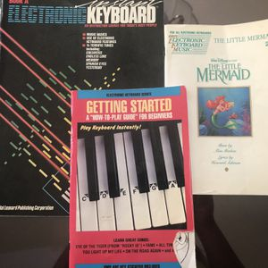 "Electronic Keyboard ""How To Play"" for Sale in Bonita, CA"