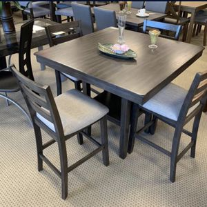 (BRAND NEW) 5- PC Breakfast Kitchen Dining Table for Sale in Katy, TX
