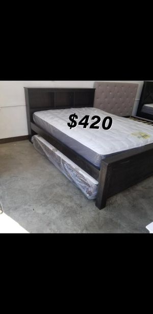 QUEEN BED FRAME W/ MATTRESS INCLUDED for Sale in Inglewood, CA