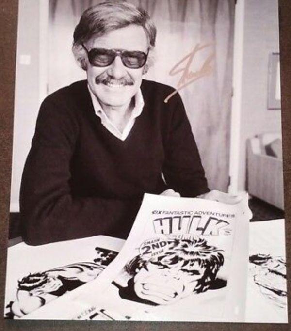 Stan Lee autograph
